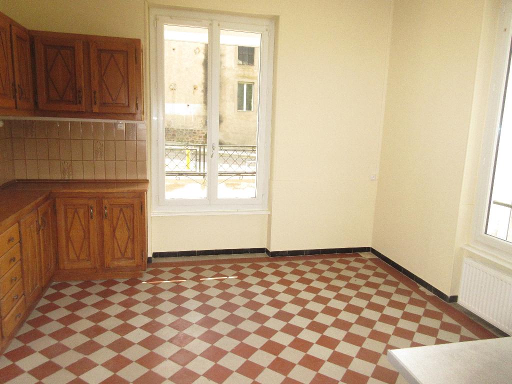 Appartement F4 Néris les Bains