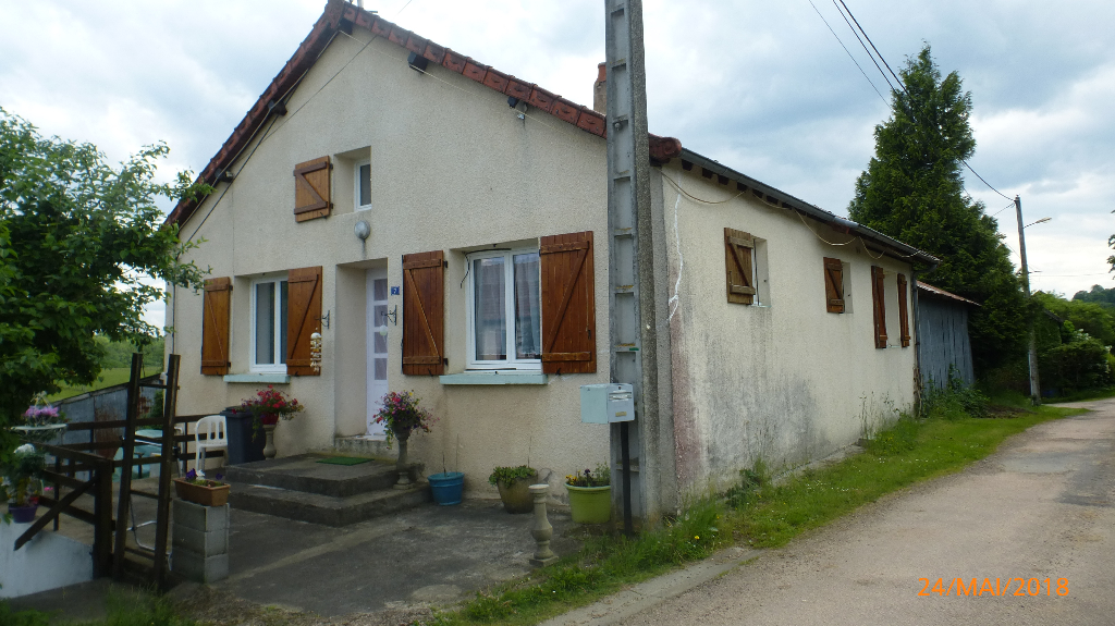 Maison Youx 65 m2