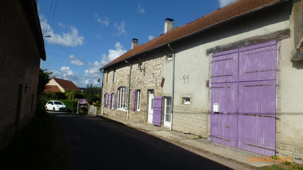 Proche Saint-Eloy-Les-Mines! Longère rénovée