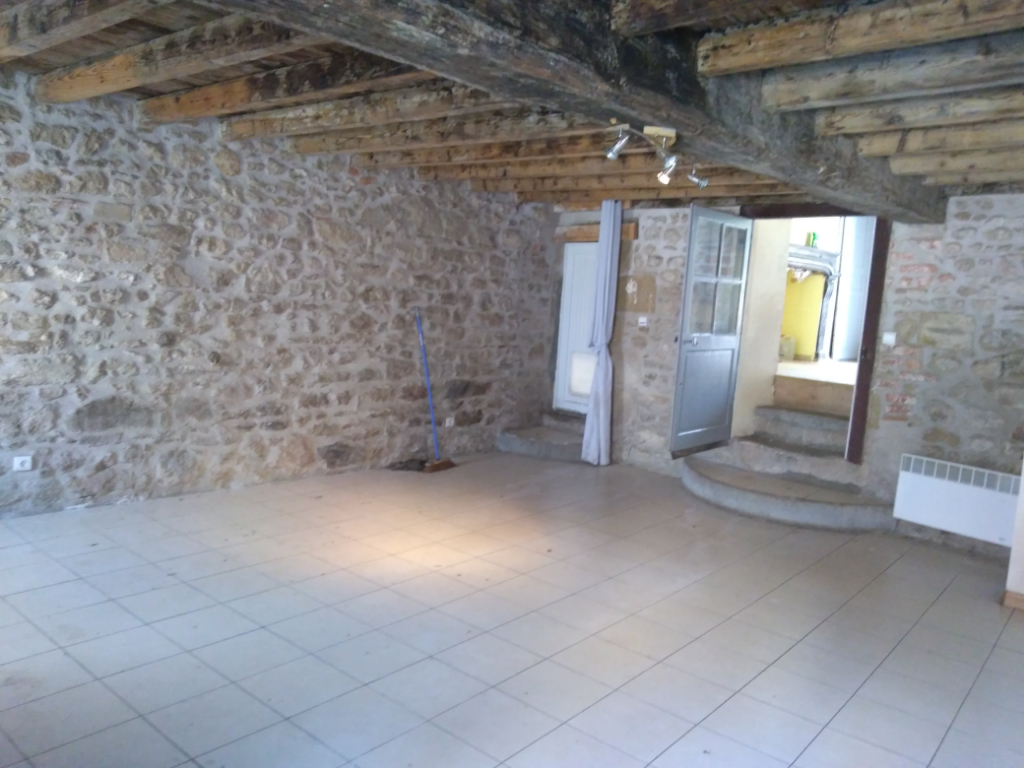 PROCHE MONTMARAULT - Maison 4 pièces 102.35 m2
