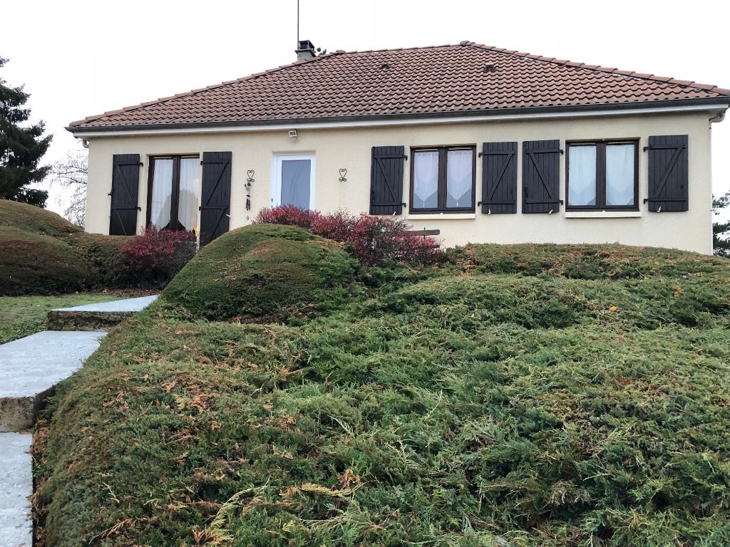 Maison Boussac Bourg 6 pièce(s) 135 m2