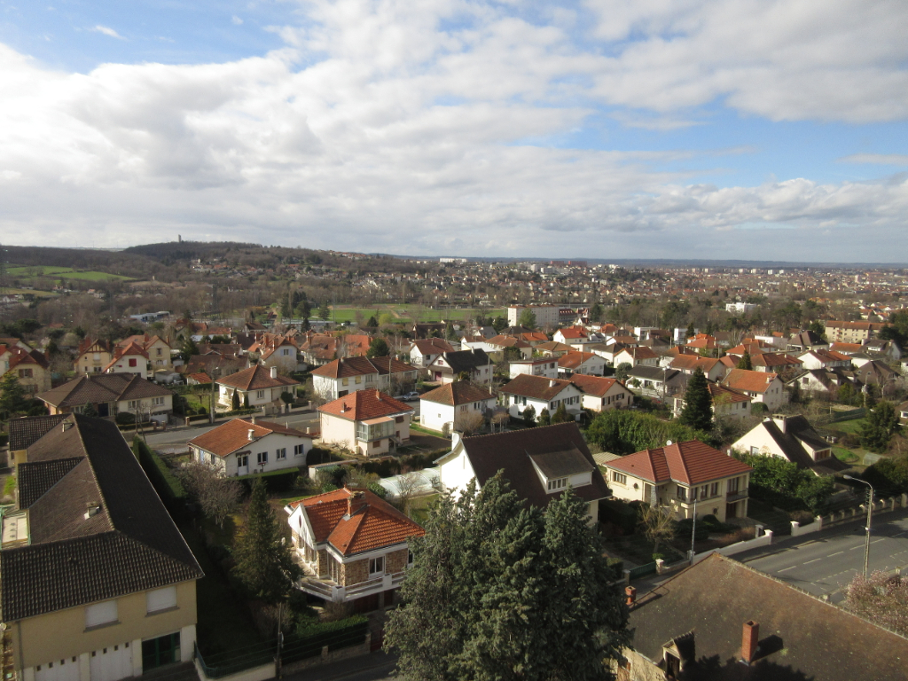LOCATION APPARTEMENT F3 MONTLUCON