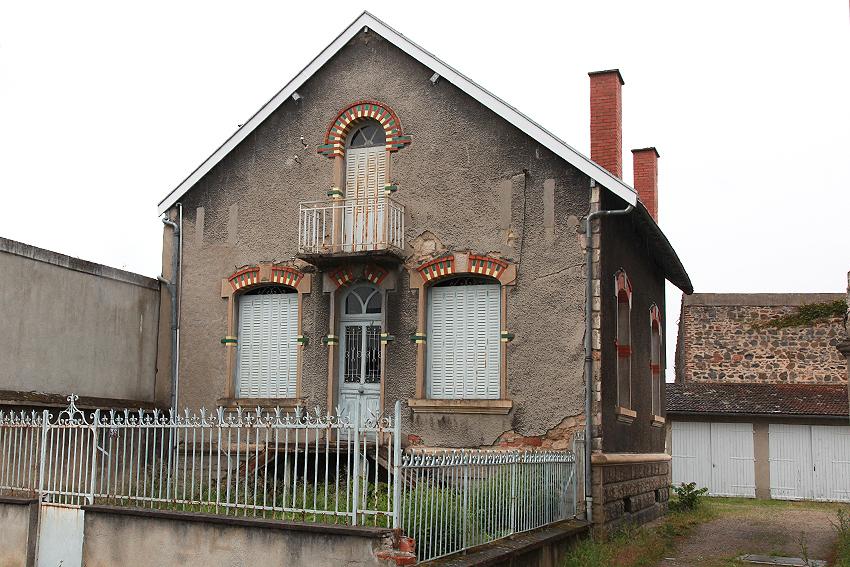 Maison Montlucon 6 pièce(s) 124 m2