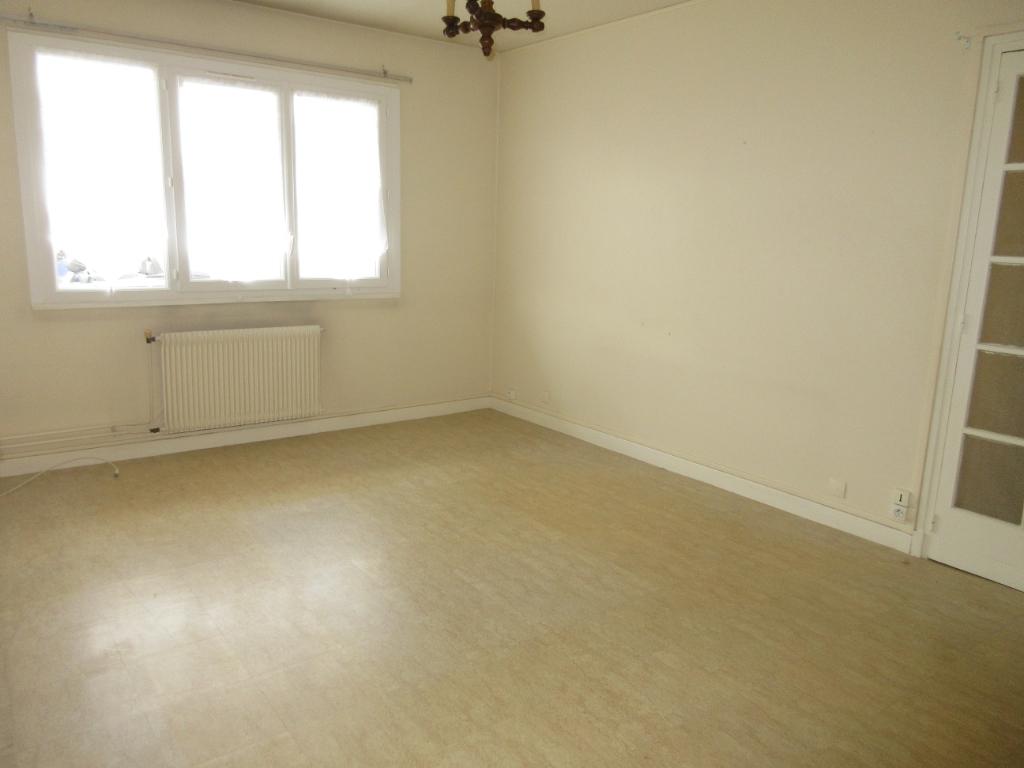 Appartement F2 Montluçon