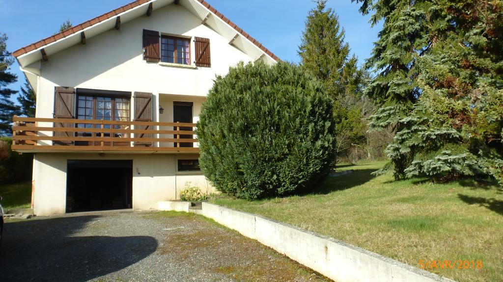 Maison Saint-Eloy-Les-Mines 5 pièces 156 m2