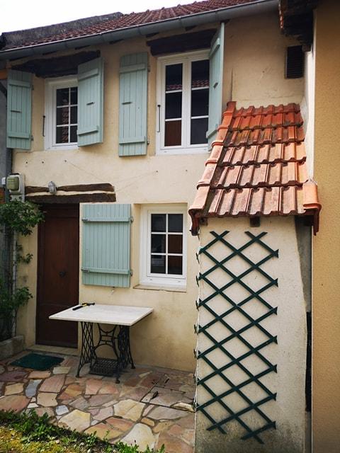 A louer maison Saint-Eloy-Les-Mines type F2