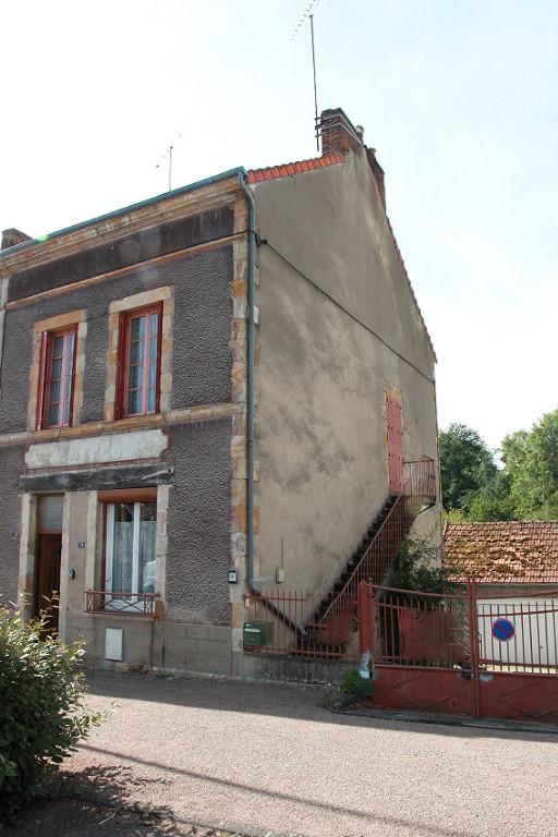 Maison Bezenet 4 pièce(s) 97 m2