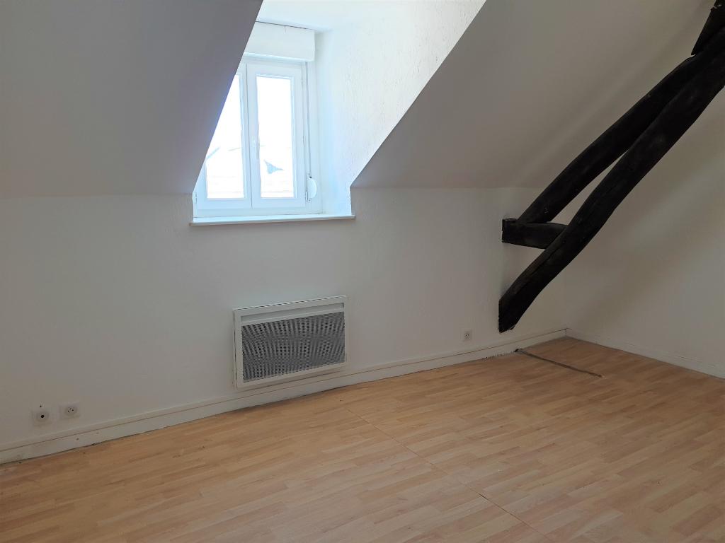 Appartement Commentry 2 pièce(s) 35 m2