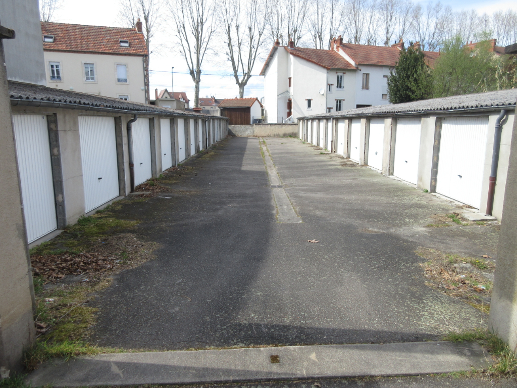 LOCATION GARAGE GARDE MEUBLE CENTRE VILLE MONTLUCON