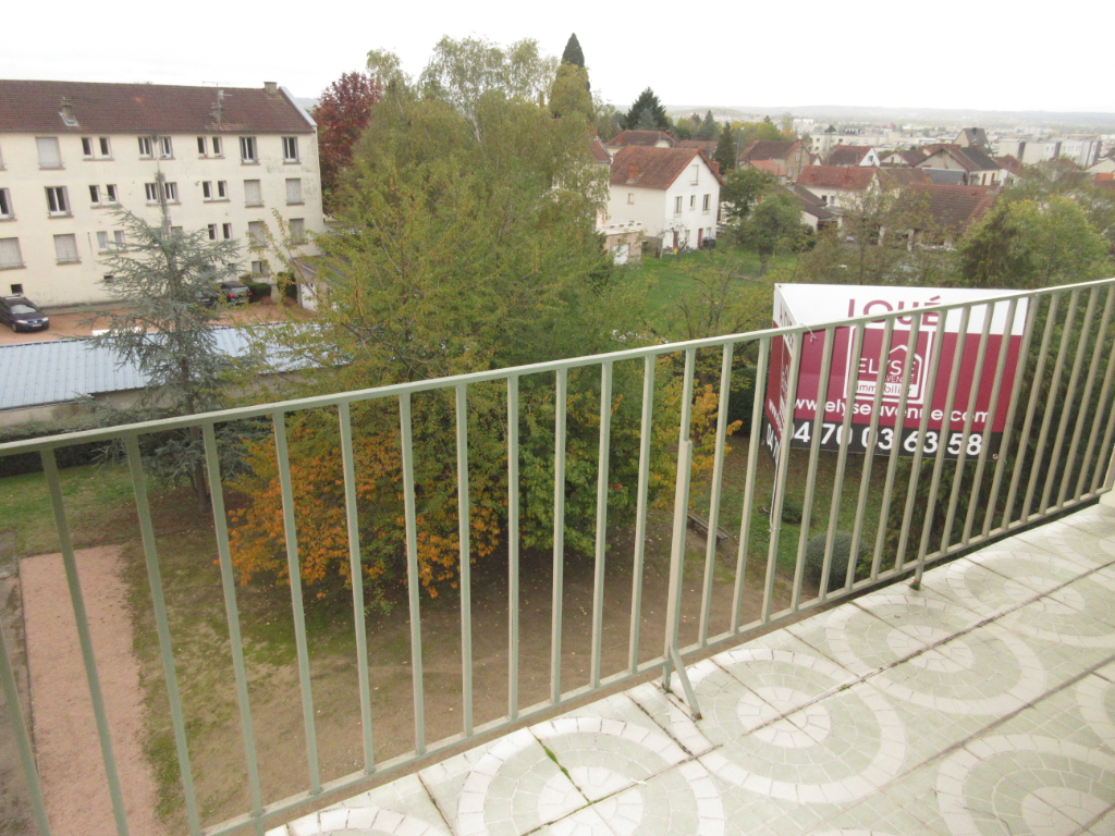 LOCATION APPARTEMENT F3 DESERTINES MONTLUCON
