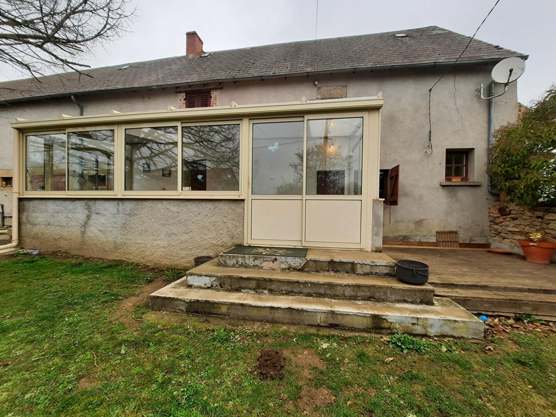 Maison type F5 avec terrain de 1238 m2.