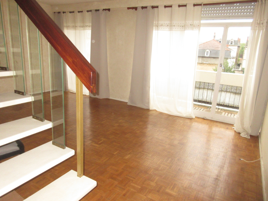 VENTE APPARTEMENT F4 MONTLUCON CENTRE VILLE