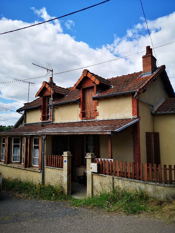 Maison Saint Eloy Les Mines 4 pièce(s)