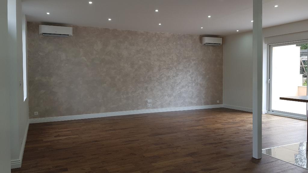 Maison Montlucon 5 pièce(s) 171 m2