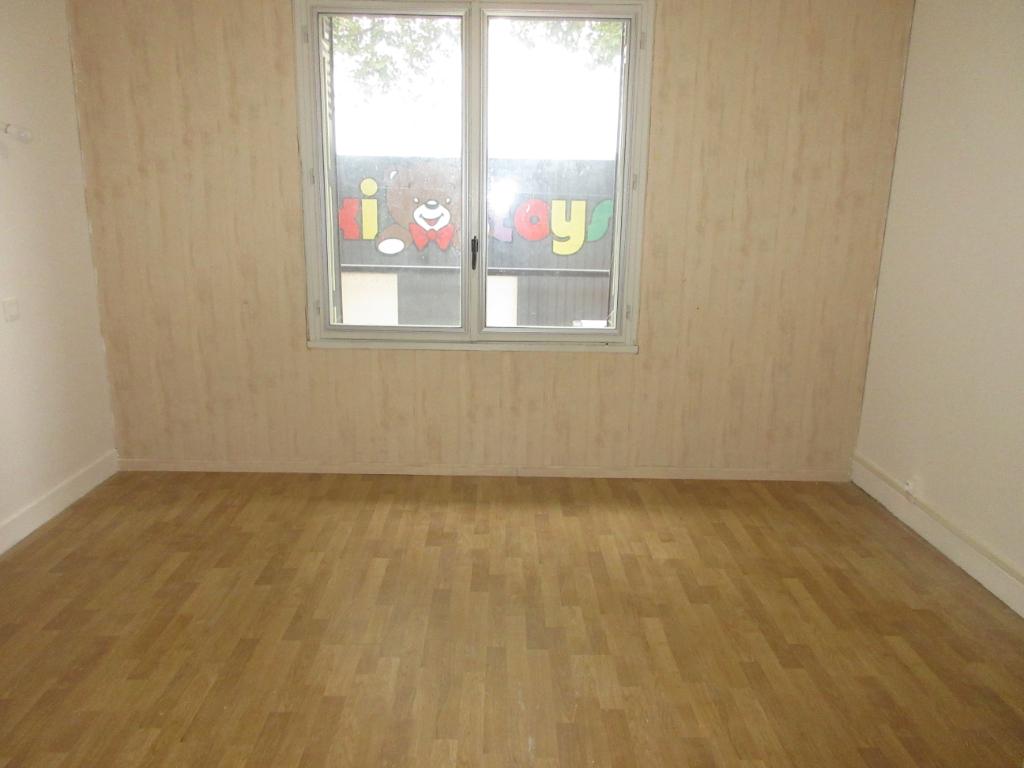 Appartement Montlucon 3 pièce(s) 61.92 m2