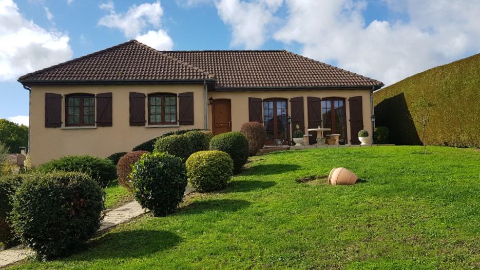 Maison à vendre Proximité Montluçon-Prémilhat-Domérat 4 pièce(s) sur sous/sol 127 m2