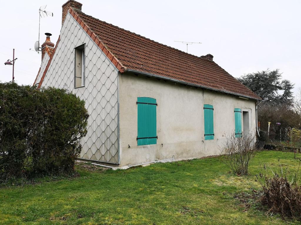 Charmante maison de 118m²  avec 3 chambres à Commentry