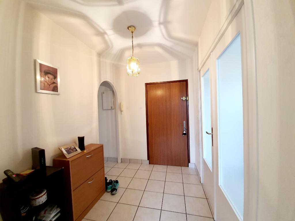 Appartement Montlucon 3 pièce(s) 60.38 m2
