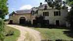 SOUILLAC Ancien corps de ferme rénové 3 chambres, studio, garage, atelier, boxs, piscine sur un terrain d' env. 1.4 ha.