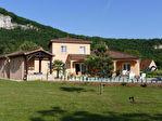 SAINT-SOZY - Maison de type mas provençal de 2008 avec piscine commerces, écoles  et rivière à pied