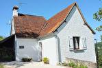 LACAVE -  Maison avec vue, entièrement rénovée avec 2 chambres dans hameau calme.