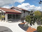 Aux portes de Bourg , belle demeure de 208 m2 , 4 ch sur 4409m2 de terrain