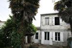 A rénover Belle Maison en pierre Saint Seurin De Bourg -3 pièce(s) 52 m2- 672m² de terrain