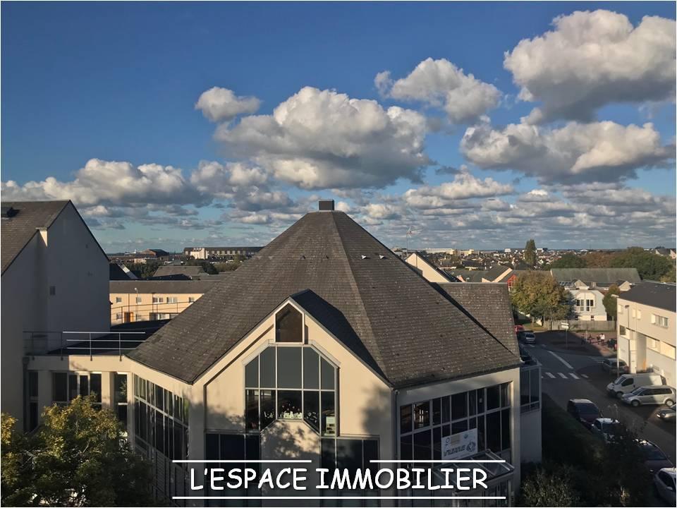 Cherbourg  Bureaux 114 m2 env en 1er étage avec ascenseur