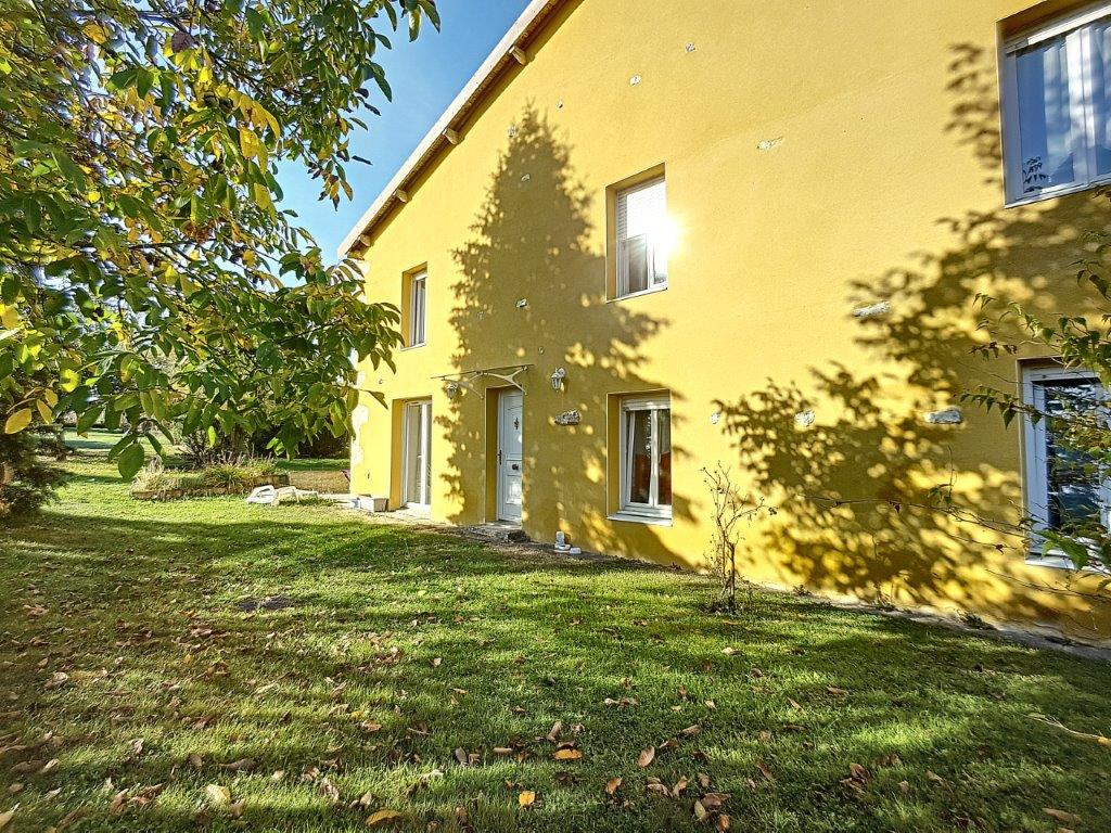 A vendre Maison TREVERAY 195m² 7 piéces
