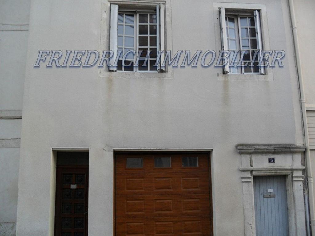 MAISON DE VILLE F5 AVEC GARAGE - COMMERCY