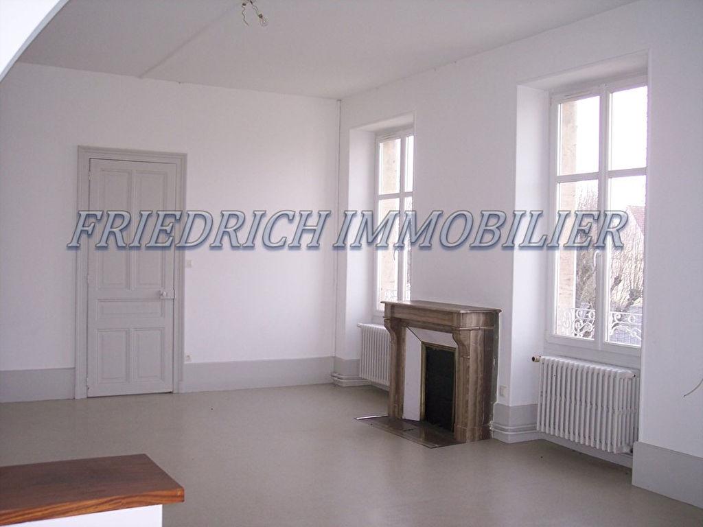A louer Appartement REVIGNY SUR ORNAIN 180m² 664