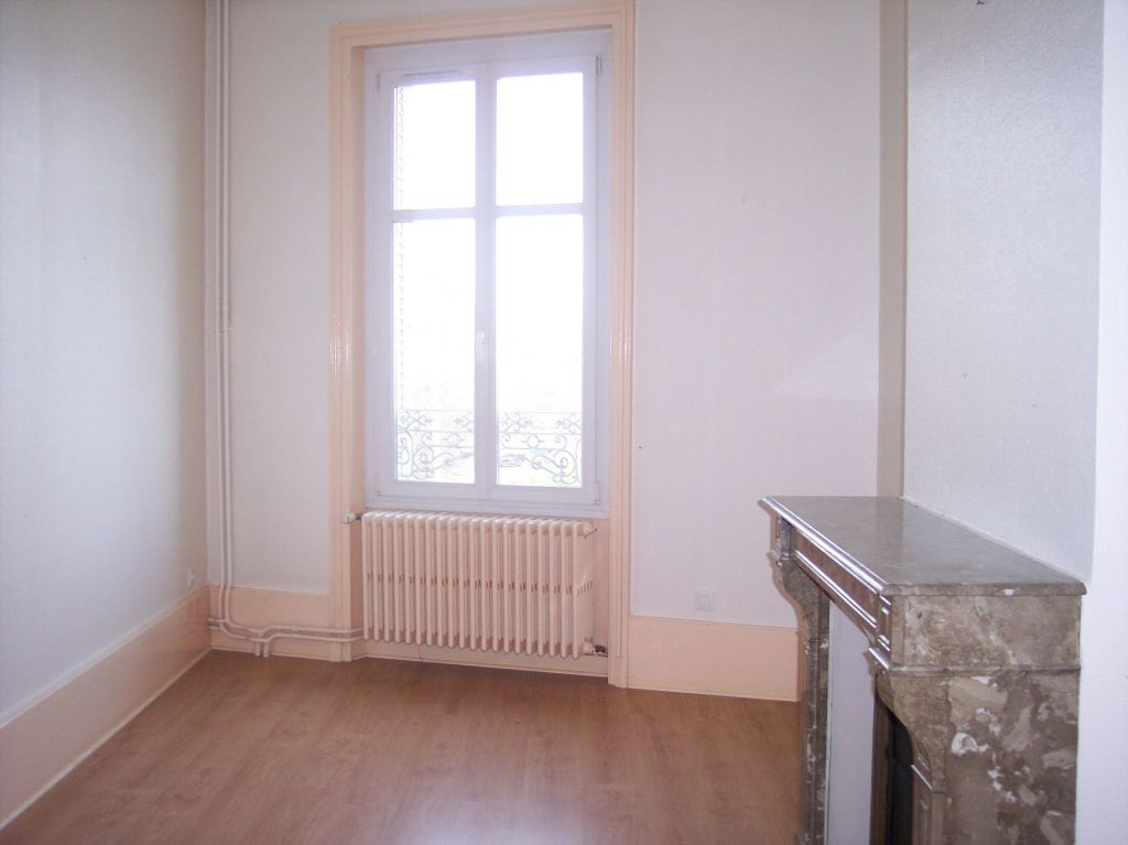 APPARTEMENT Type F5 Duplex - REVIGNY-SUR -ORNAIN