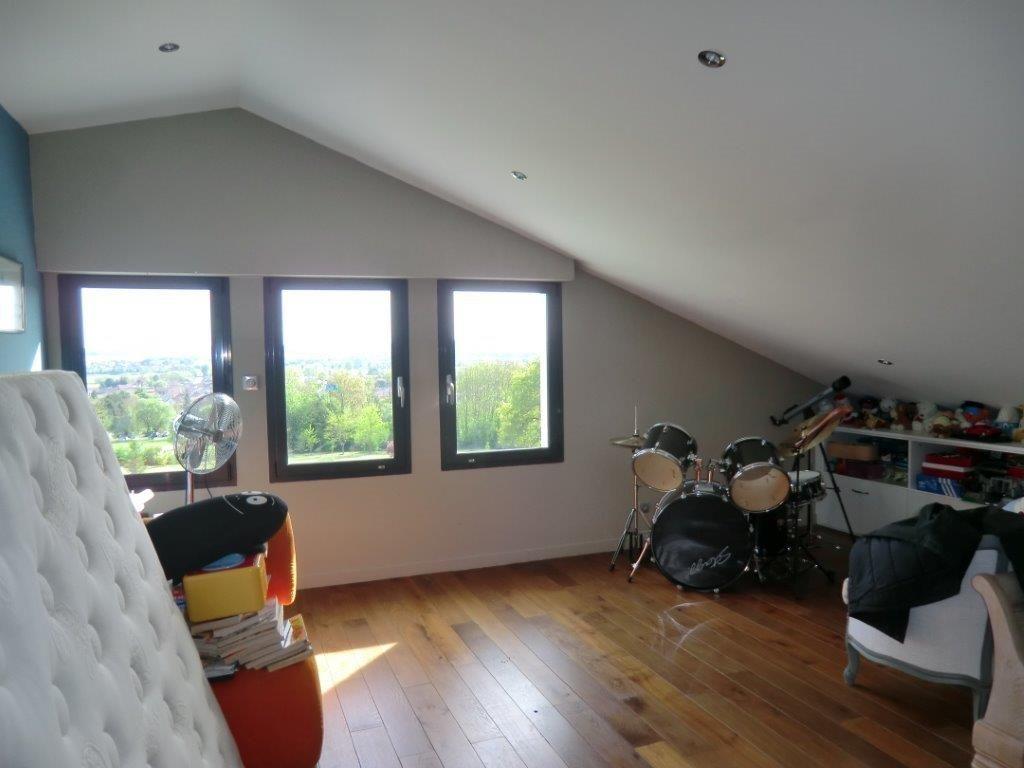A vendre Maison COMMERCY 250m² 750.000 5 piéces