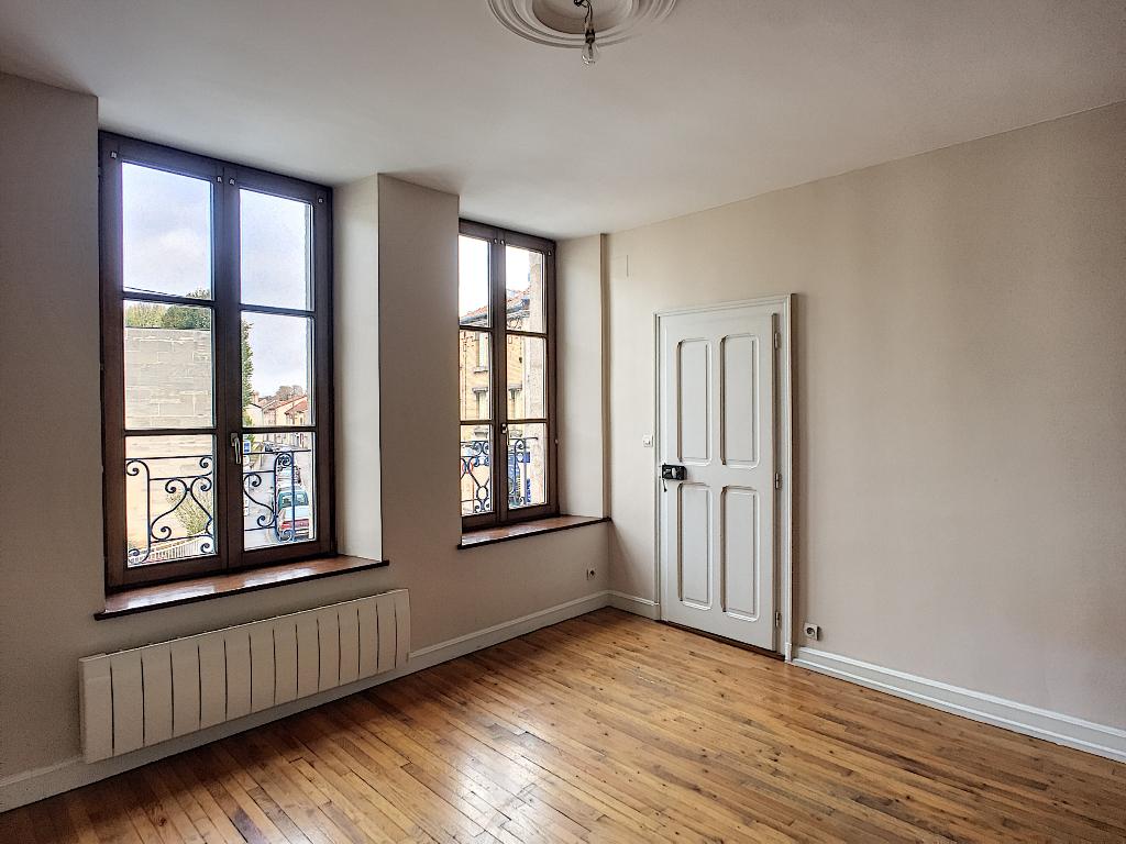 A louer Appartement COMMERCY 70m² 350 3 piéces