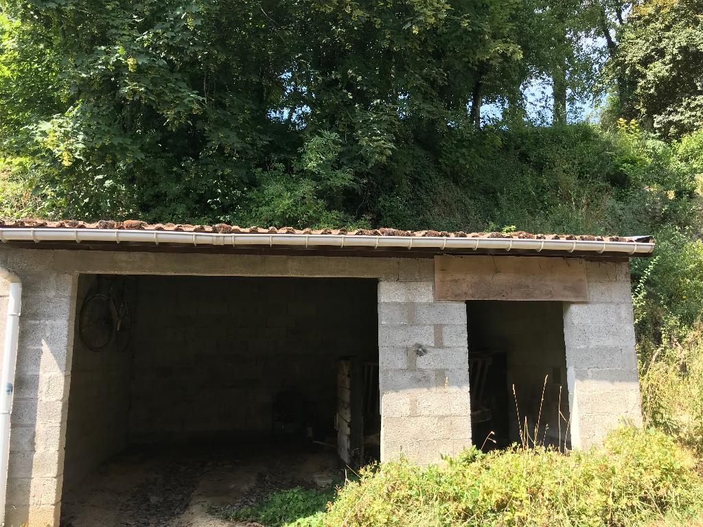 A vendre Maison LACROIX SUR MEUSE 50m² 21.000