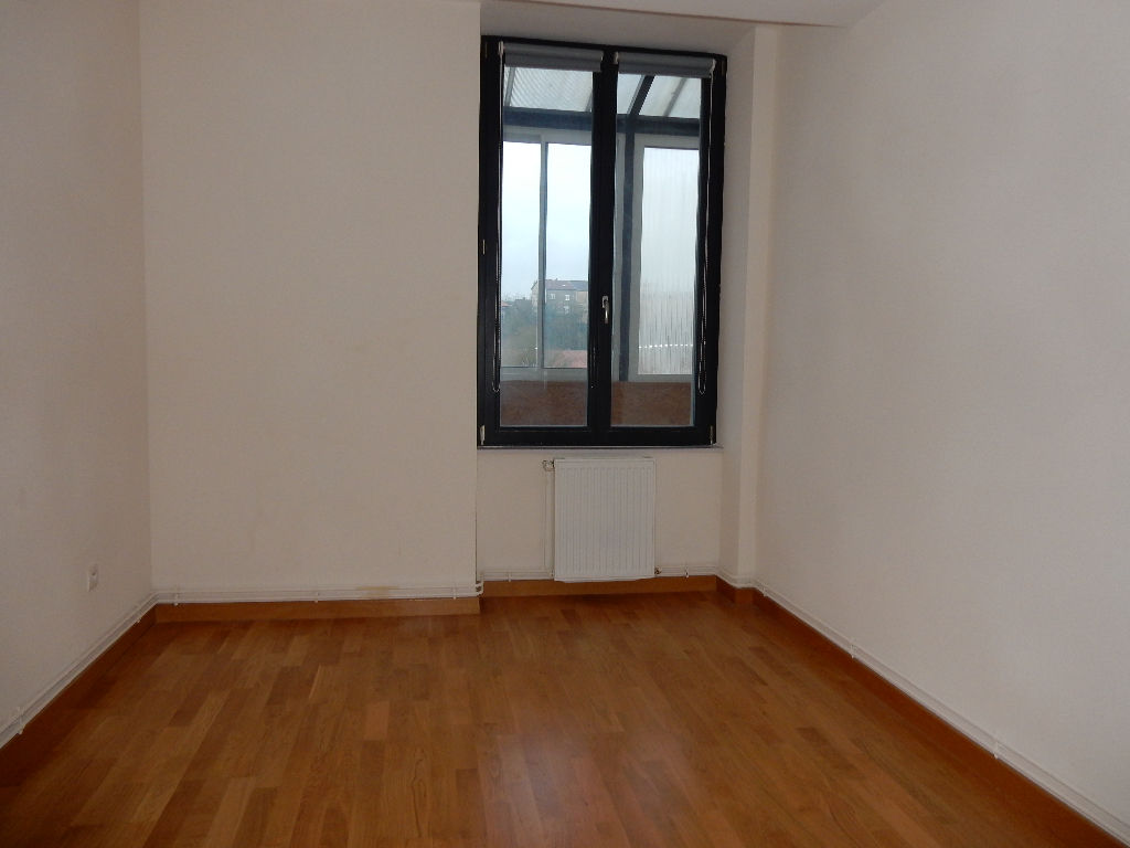 A louer Appartement GONDRECOURT LE CHATEAU 83m² 468 3 piéces