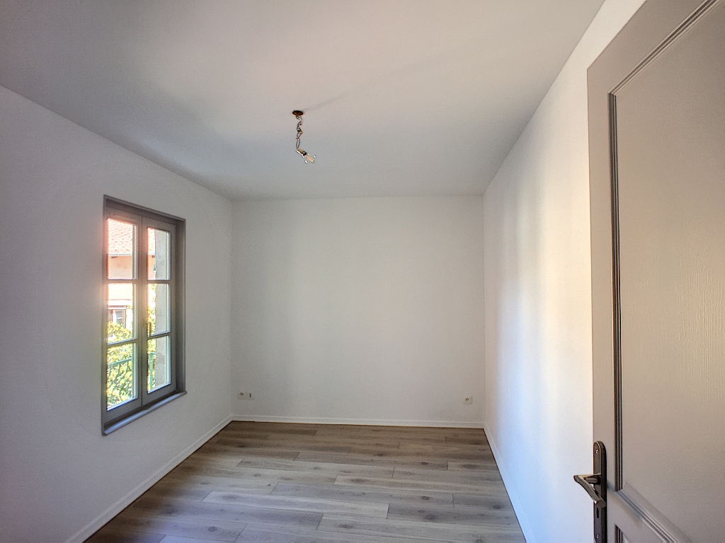 A louer Appartement COMMERCY 490