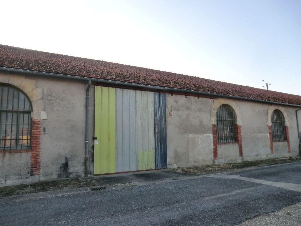 A vendre Entrepôt / Local industriel SAMPIGNY 800m²