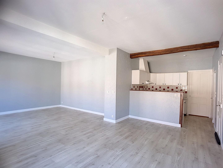 A louer Appartement LIGNY EN BARROIS 118m² 550