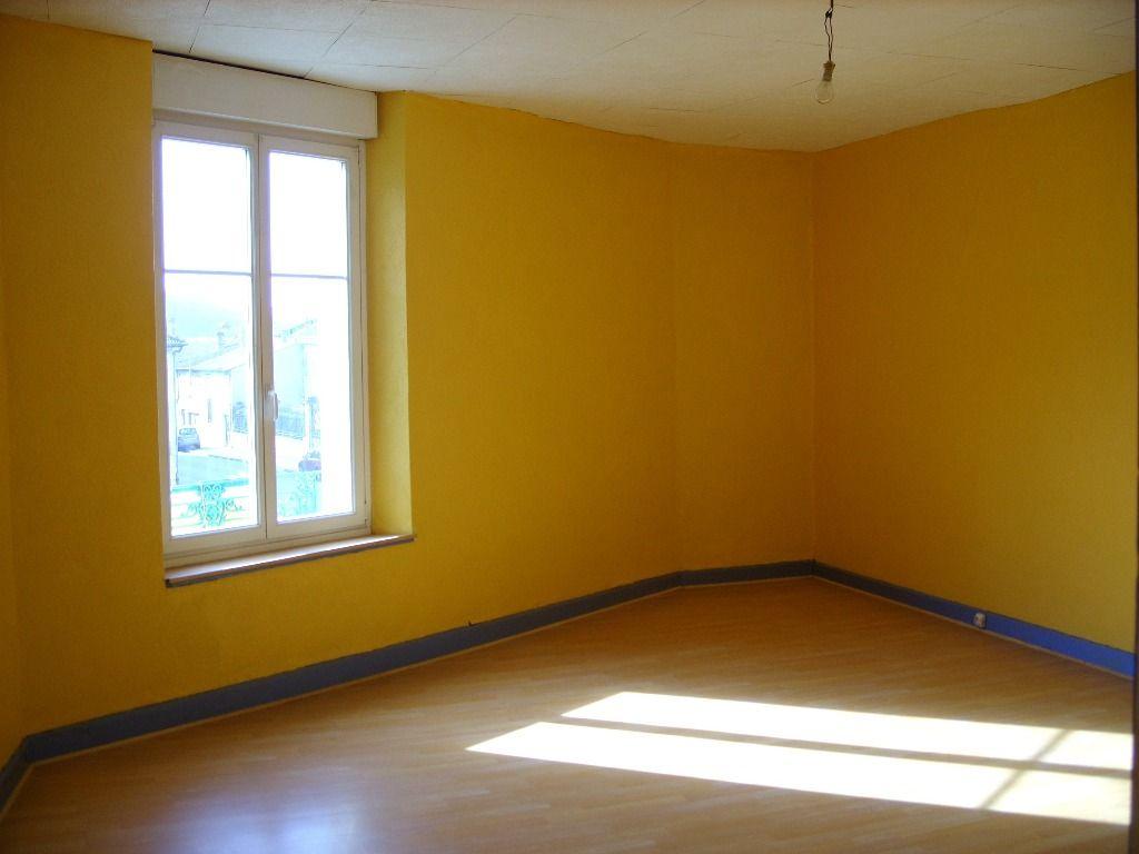 A louer Appartement COUSANCES LES FORGES 54m² 1 piéces