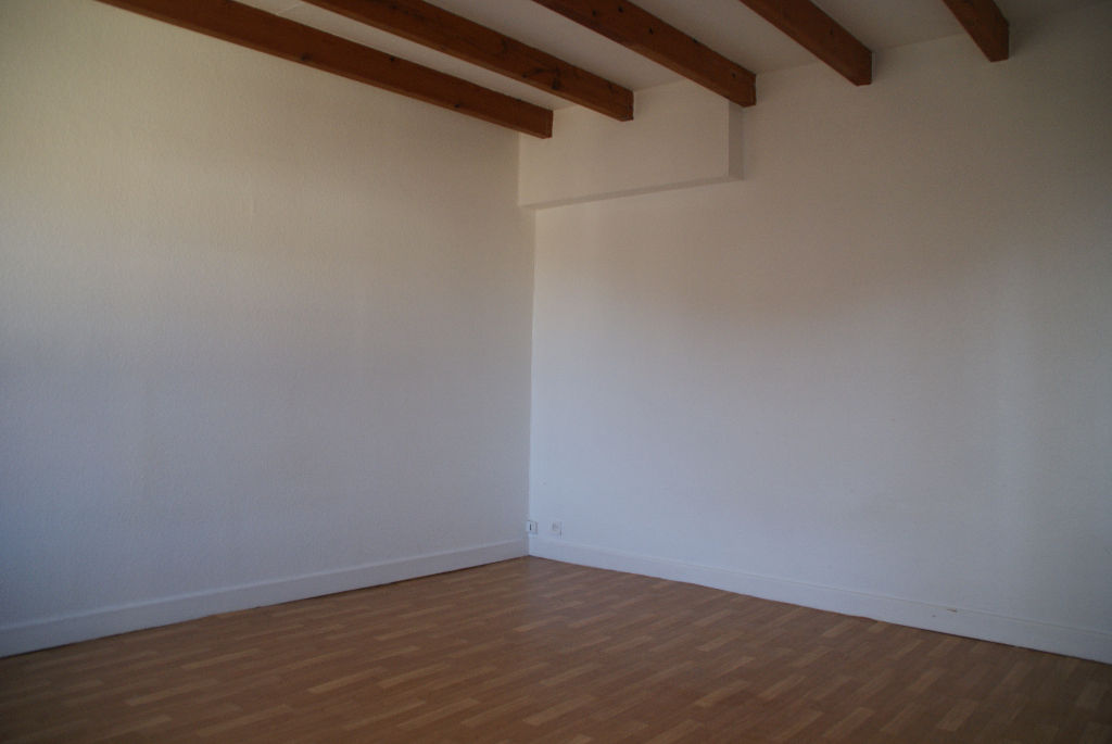 A vendre Maison VAL D ORNAIN 164m² 128.000