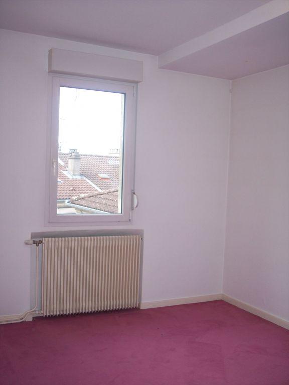 A louer Appartement LIGNY EN BARROIS 131m² 540 6 piéces