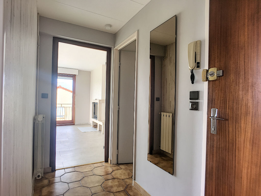 A louer Appartement COMMERCY 87m²