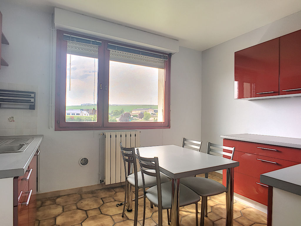 A louer Appartement COMMERCY 87m² 580
