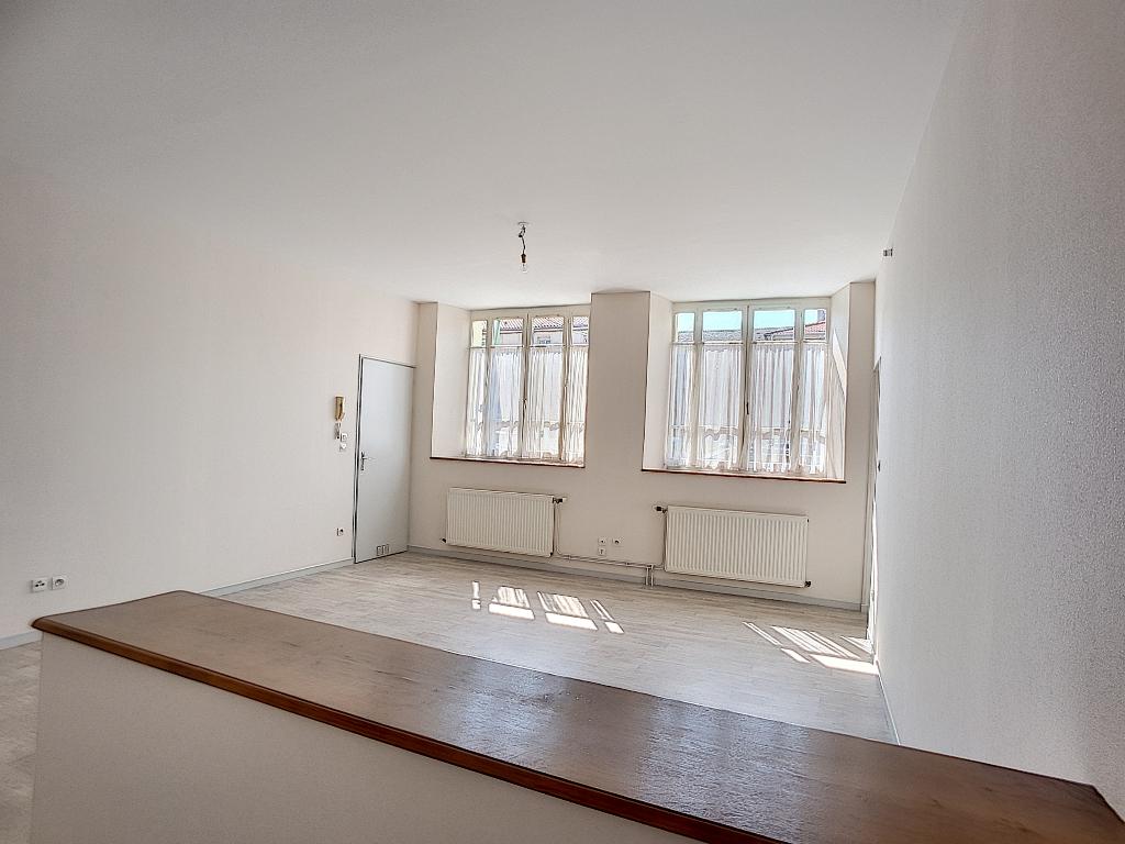 A louer Appartement LIGNY EN BARROIS 48m² 330