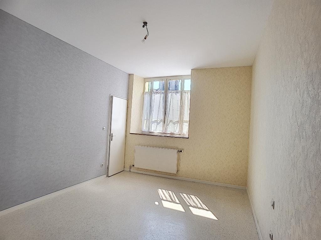 A louer Appartement LIGNY EN BARROIS 48m² 330 2 piéces