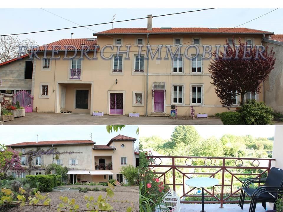 Vaste propriété de caractère - Maison familiale - Profession libérale - Gîte ou chambres d'hôtes - Habitable de suite - RN4 - MEUSE - Axe Nancy/ SAINT DIZIER
