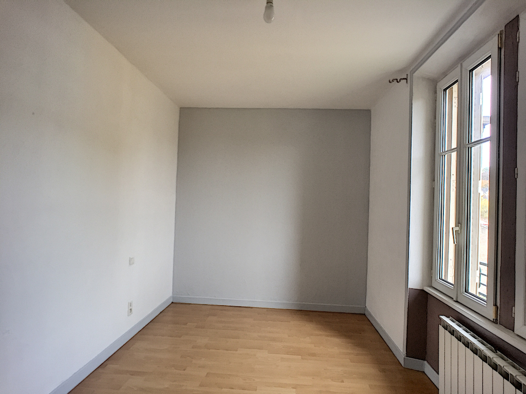 A louer Appartement LEROUVILLE 69m² 350 3 piéces