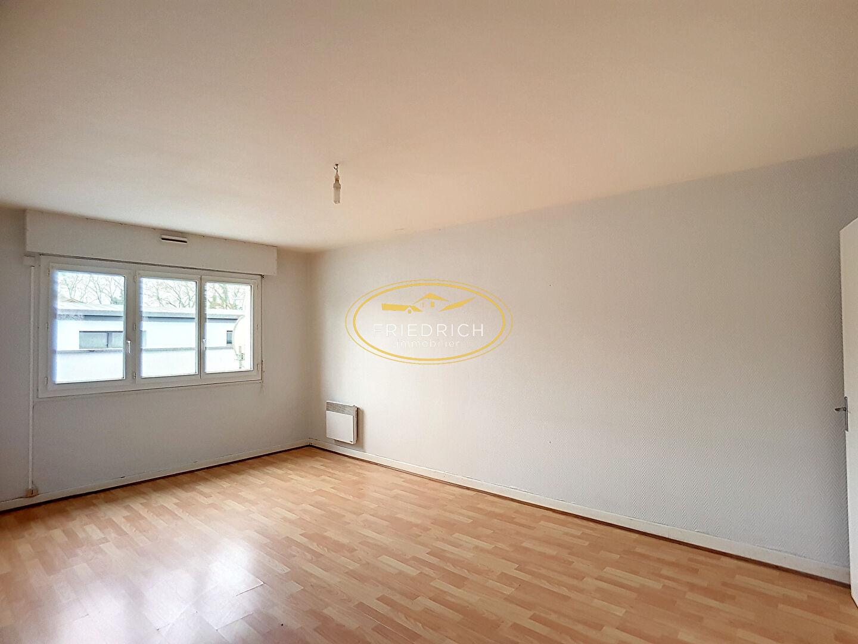 Appartement de type F1 - GONDRECOURT-LE-CHATEAU