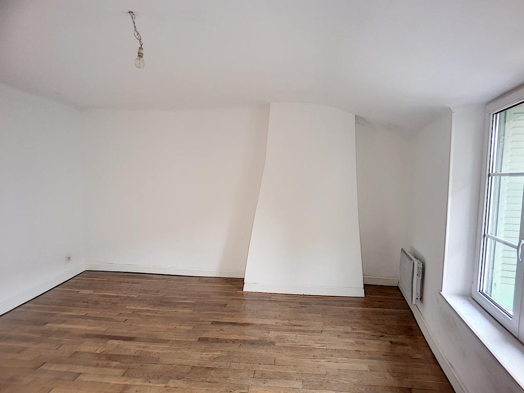 A louer Maison STAINVILLE 104m² 470 4 piéces